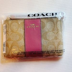 Authentic Coach Wristlet Pink and Tan/ Brand New